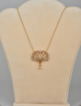 AN ART NOUVEAU 4.10 CT. G VVS DIAMOND RARE & DISTINCTIVE PENDANT NECKLACE 1900!