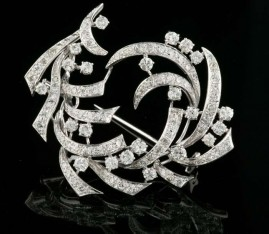 AN IMPRESSIVE 4.60 CT DIAMOND ANTIQUE DIAMOND SPRAY BROOCH -WOW!