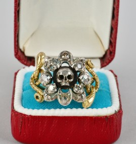 ANTIQUE ORIGINAL VICTORIAN SKULL SNAKES DIAMOND RING