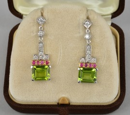 FANTASTIC NATURAL PERIDOT RUBY & DIAMOND VINTAGE DROP EARRINGS!