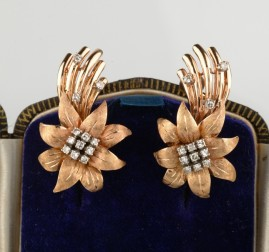 FASCINATING WIDE DIAMOND FLOWER ROSE GOLD VINTAGE EARRINGS WOW!