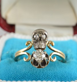 VICTORIAN TWIN SKULL & DIAMOND MEMENTO MORI RING TO DIE!