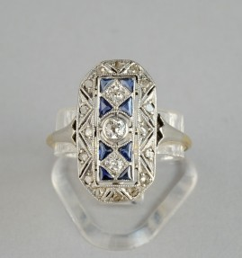 GENUINE ART DECO DIAMOND SAPPHIRE RARE PANEL RING FROM 1920!
