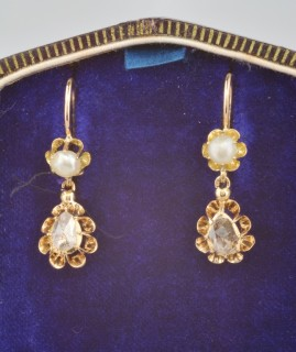 GENUINE GEORGIAN 1.0 CT PEAR DIAMOND SOLITAIRE NATURAL PEARL RARE SWING EARRINGS!