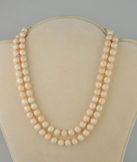 SENSATIONAL DOUBLE STRAND NATURAL ANGEL SKIN CORAL HEAVY GOLD NECKLACE!