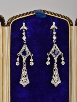 SENSATIONAL VINTAGE 1.60 CT NATURAL SAPPHIRE & 1.40 CT DIAMOND SWING EARRINGS!