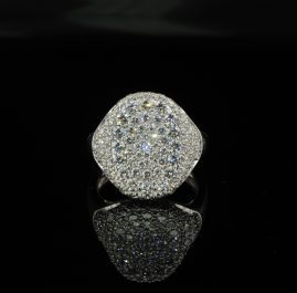 SPECTACULAR 2CT EXTRA DIAMOND SIGNET RING