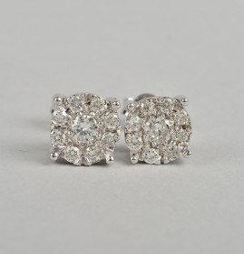 SUPERB 1.0 FULL CARAT F G VVS DIAMOND STUD EARRINGS OF YOUR DREAMS!