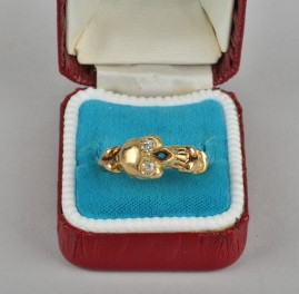 SUPERB MEMEMENTO MORI SKULL & BONE DIAMOND VINTAGE RING FOR EITHER SEX!