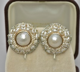 SUPERB VINTAGE MABE PEARL & MORE JUMBO SIZED VERY CHIC PAIR OF EARRINGS!