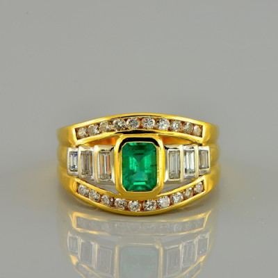 SPECTACULAR 1.0 CT COLOMBIAN EMERALD & 1.30 CT DIAMOND VINTAGE RING!
