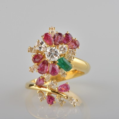 EXCLUSIVE UP TO 4.0 CT MULTI GEMS & DIAMOND VINTAGE FLOWER RING -WOW!