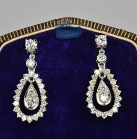 SUPERB 2.70 CT DIAMOND PRE 1950 SOLID PLATINUM DROP EARRINGS!