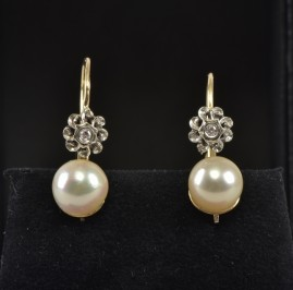 LATE ART DECO DIAMOND FLOWER & CULTURED PEARL ERARINGS 1935 CA!
