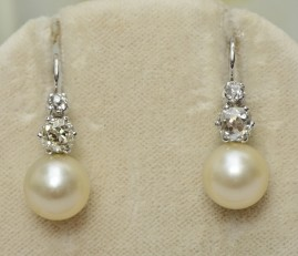 ART DECO 2.0 CT OLD CUSHION DIAMOND 9.6 MM OLD PEARL SPECTACULAR DROP EARRINGS!