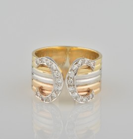GORGEOUS VINTAGE HALF CART OF DIAMOND DOUBLE C WIDE BAND RING!