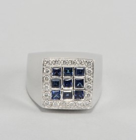 SUPERB SIGNED DAMIANI SAPPHIRE & DIAMOND SIGNET RING!