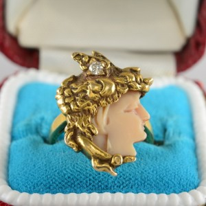 A DISTINCTVE ART NOUVEAU SCULPTURED MINERVA HEAD & DIAMOND RING!