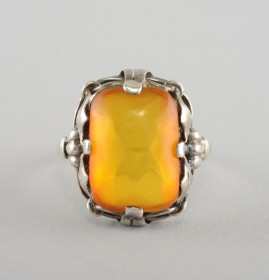 ARTS & CRAFTS NATURAL EGG YOLK BALTIC AMBER SILVER RING 1910!