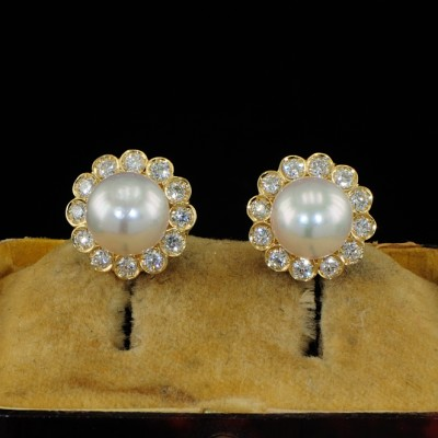18KT VERY FINE PAIR of PEARL and DIAMOND EARRINGS
