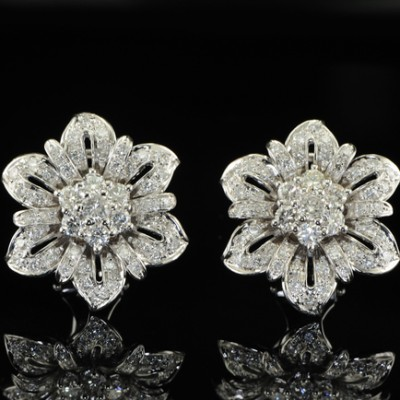 SUPERB 2.35CT DIAMOND FLOWER VINTAGE EAR CLIPS