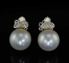 AGELESS SOUTH SEA PEARL & DIAMOND VINTAGE EARRINGS!