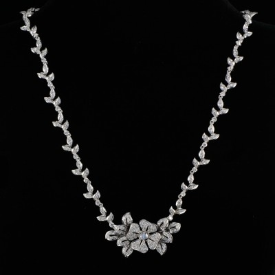 AN EXCLUSIVE & DISTINCTIVE 4.00 Ct FULL DIAMOND NECKLACE!