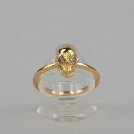 FASCINATING DIAMOND MEMENTO MORI SKULL VINTAGE RING ALL 18KT GOLD!