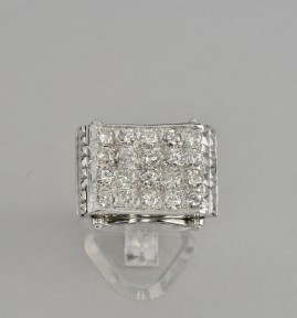 MAGNIFICEN GENUINE DECO 2.0 CT CARPET OF DIAMOND RARE 1925 RING!