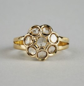 GORGEOUS PRE 1930 LATE VICTORIAN .70 CT ROSE CUT DIAMOND DAISY RING