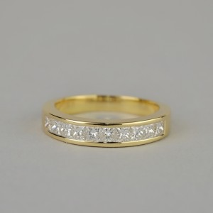 SUPERB NEW .75 CT PRINCESS DIAMOND F COLOUR IF CLARITY ETERNITY RING!