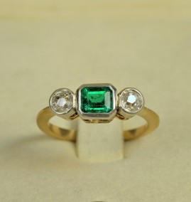 LATE ART DECO TOP QUALITY COLOMBIAN EMERALD & OLD CUT DIAMOND RING!