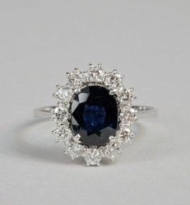 A SUPERB 2.30 CT NATURAL SAPPHIRE 1.0 CT DIAMOND VINTAGE RING!