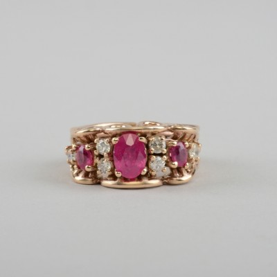 FABULOUS ANTIQUE NATURAL RUBY & DIAMOND 9KT ROSE GOLD RING!
