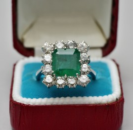 GLAMOROUS 1950 3.40 CT NATURAL EMERALD 2.40 CT DIAMOND LARGE RING!