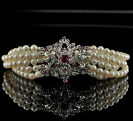 MAGNIFICENT RUBY & DIAMOND PRECIOUS VINTAGE BRACELET!
