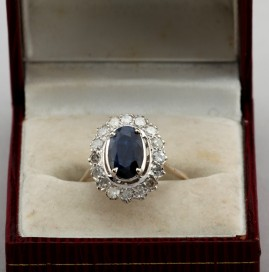 A CHARMING 1.60 CT NATURAL SAPPHIRE .80 CT DIAMOND VINTAGE RING GENUINE 50'S!