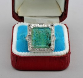 A SUPERB LATE ART DECO 8.20 CT MOGHUL EMERALD 1.20 CT DIAMOND RING!