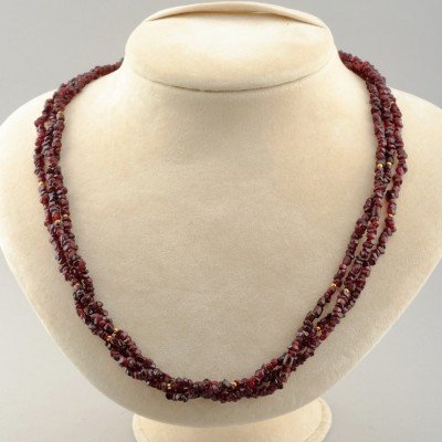 MOST GORGEOUS VINTAGE NATURAL GARNET NECKLACE WITH STUNNING GOLD CLASP!