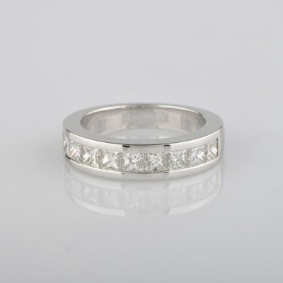 EXCEPTIONAL 3.28CT PRINCESS DIAMOND ETERNITY RING WOW
