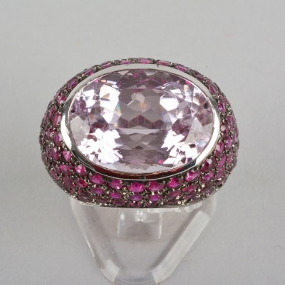 SPECTACULAR 18.0 CT KUNZITE 5.0 CT NATURAL RUBY HIGHLY STYLISH RING!