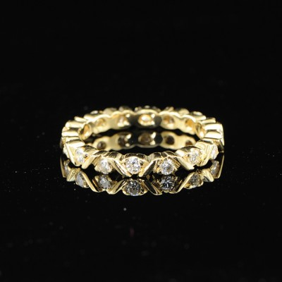CHARMING .65CT BRILLIANT CUT DIAMOND FULL ETERNITY RING