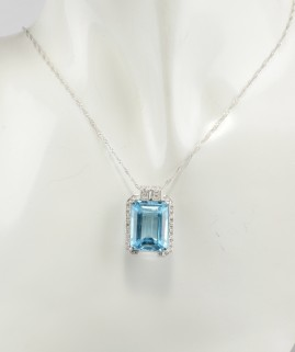 BEAUTIFUL LARGE 21.0 CT TOAPZ & DIAMOND SIGNED MILUNA NECKLACE!