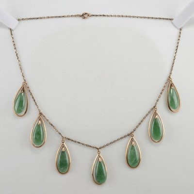 GORGEOUS VICTORIAN NATURAL APPLE JADE MULTIDROP NECKLACE 1900!