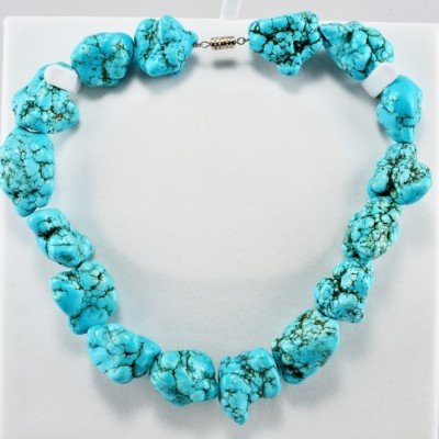 SPECTACULAR VINTAGE HUGE CHUNKY NUGGET NATURAL TURQUOISE NECKLACE!