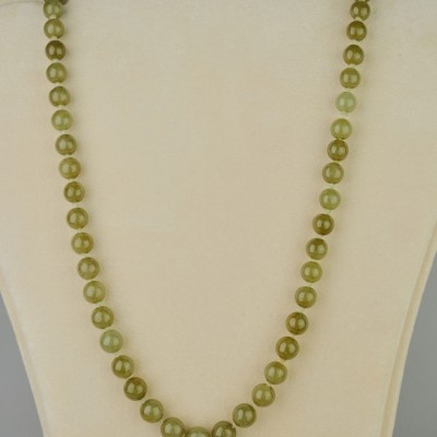 SPEACTACULAR CHINESE GRADE A NATURAL JADE PEA GREEN PRE -1950 NECKLACE!
