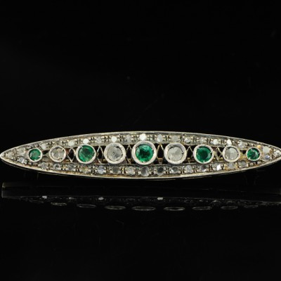 VICTORIAN ROSE CUT DIAMOND and EMERALD GORGEOUS BROOCH
