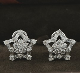 SPECTACULAR 2.50 CT BAGUETTE & ROUND DIAMOND LUXURY DAISY STAR EARRINGS!