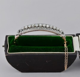 A FRENCH VICTORIAN 3.60 CT OLD DIAMOND RIVIERE BANGLE BOXED!