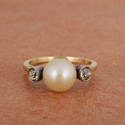 VICTORIAN 9 MM. NATURAL BASRA PEARL & DIAMOND TRILOGY RING!